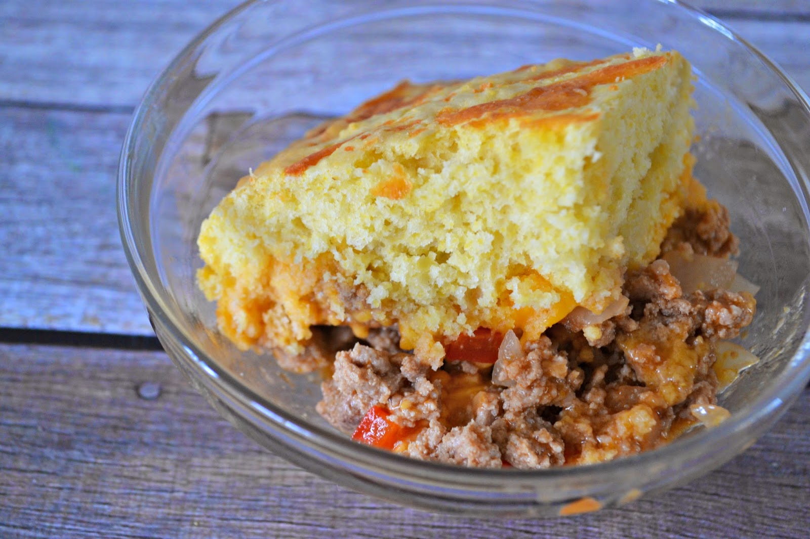 Cornbread Sloppy Joe Casserole #Recipe.  Cornbread Recipe.  Easy Cornbread recipe.  Sloppy Joe Recipe.  Sloppy Joe Casserole.  Sloppy Joe Casserole recipes.  Easy Casserole Recipes for families.  Dinner Ideas for Picky eaters!