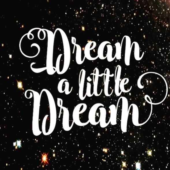 http://www.lush-fab-glam.com/2016/01/dream-little-dream.html