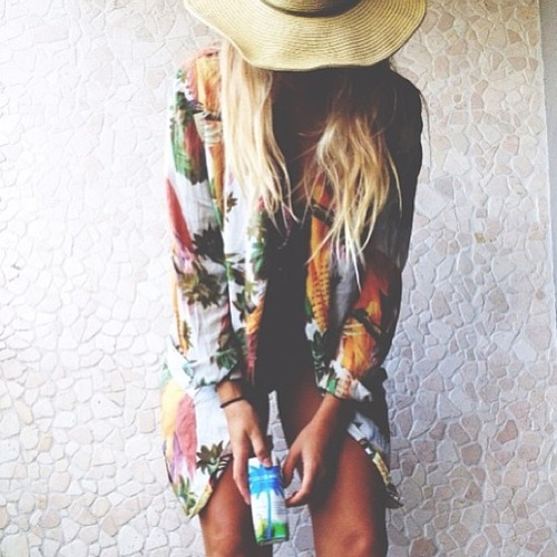 wide brim and tropical blazer