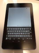 タッチパネルでのソフトウェアキーボードは、マウス操作にあたるものと融合してい .