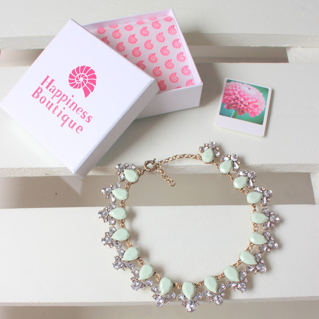Happiness_Boutique_:_Mint_Necklace_The_Pink_Graff_02