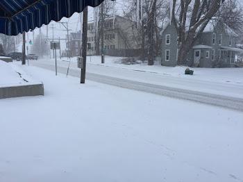 Winter Arrives on Pearl Street