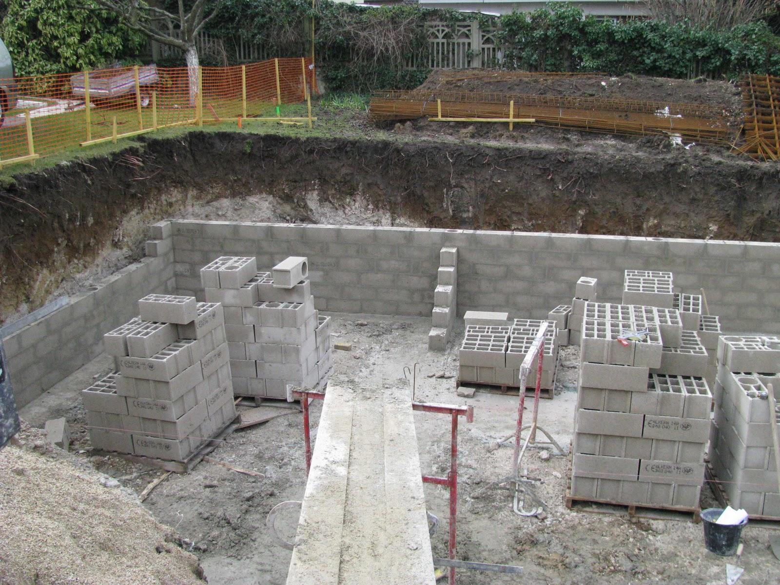 je fais construire ma maison murs de sout nement 2 8. Black Bedroom Furniture Sets. Home Design Ideas