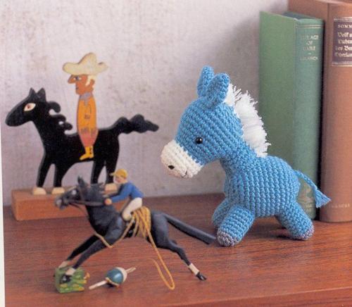 как связать ушки для лошади схема.