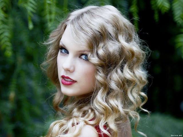 Taylor Alison Swift American Actress and Musician Pics Wallpaper and Biography Photoshoot images