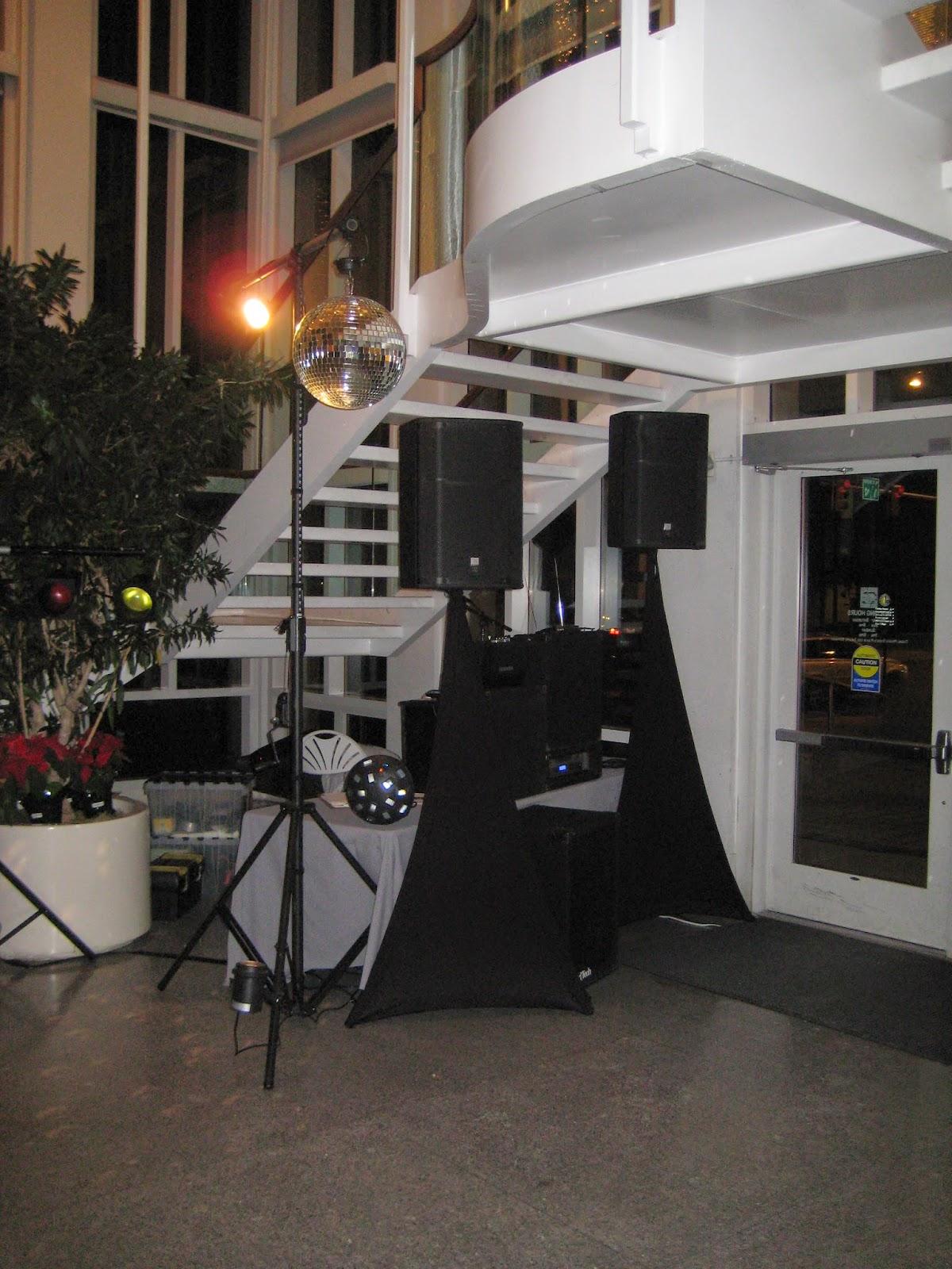 Dj Disc Jockey Karaoke Photo Booth Led Decor Wall Up