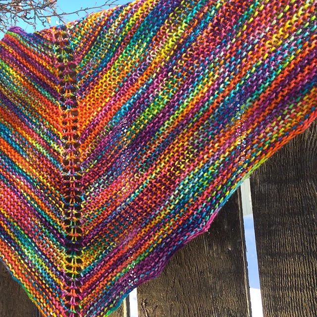 Easy Tea Cozy Knitting Pattern : Crescent Moon Collective: Marilyns Easy Rainbow Shawl Pattern - A free a...