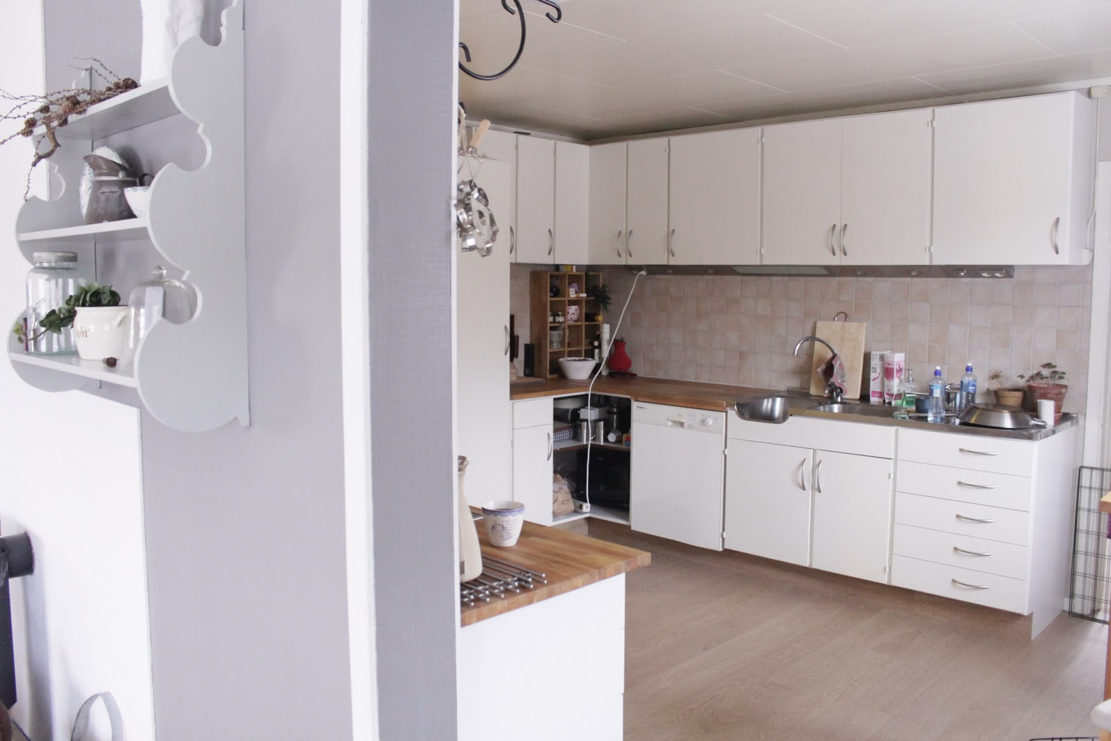 Male Kjøkken Hvitt – AsTriC