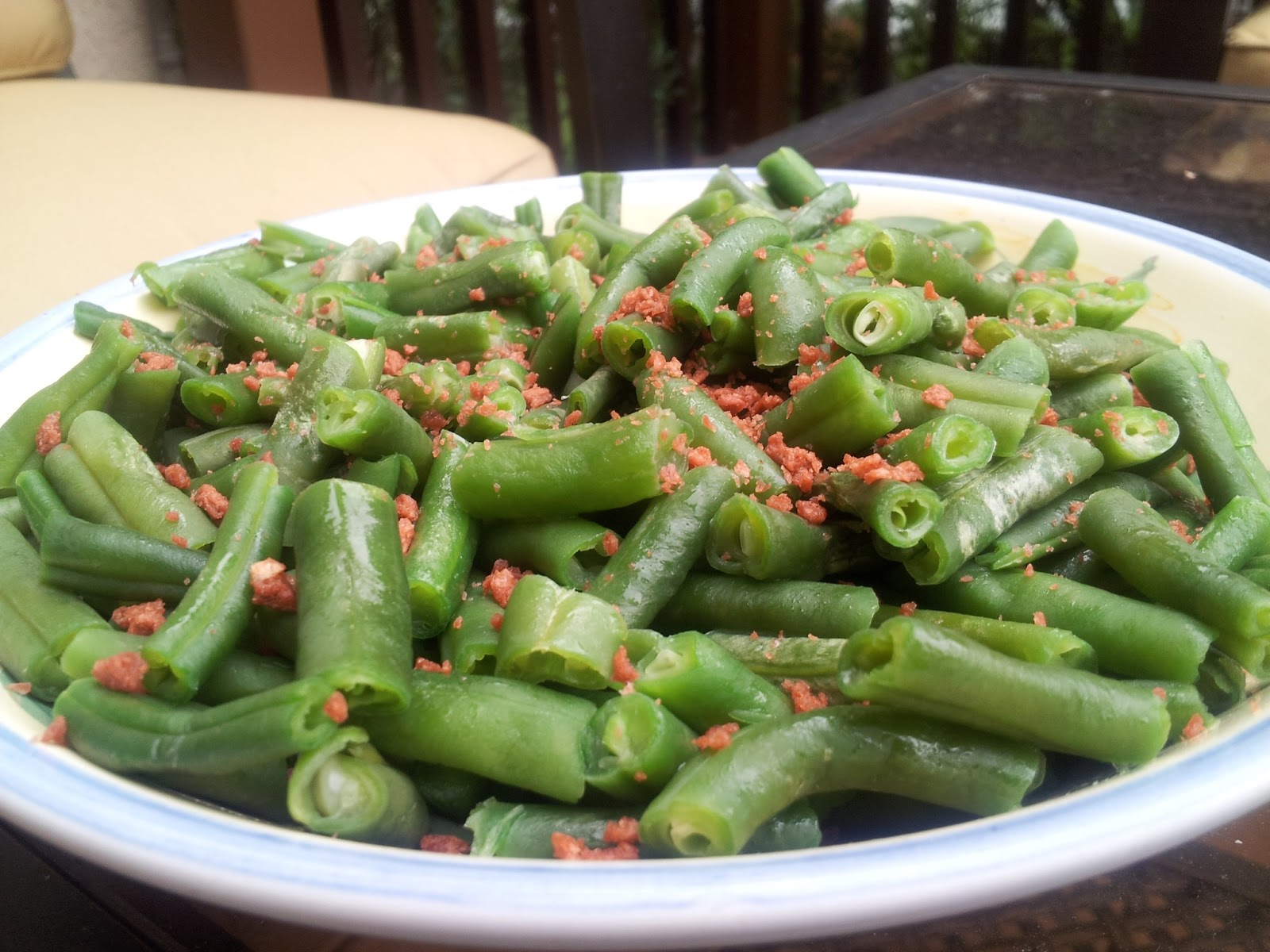 Summer Green Beans with Bacon Recipe | In The Kitchen With Honeyville