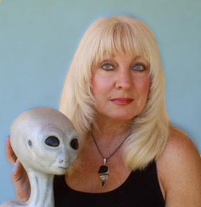 Cynthia Crawford ET Sculptor