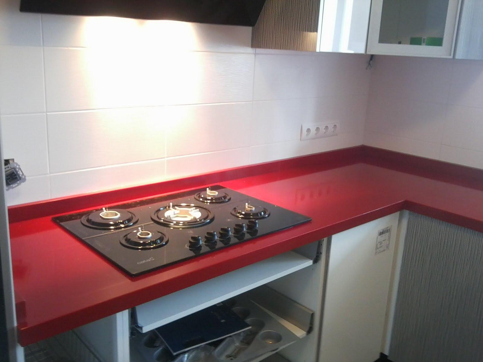 Piedralia global s l encimera de cocina en compac rojo - Encimeras de cocina compac ...
