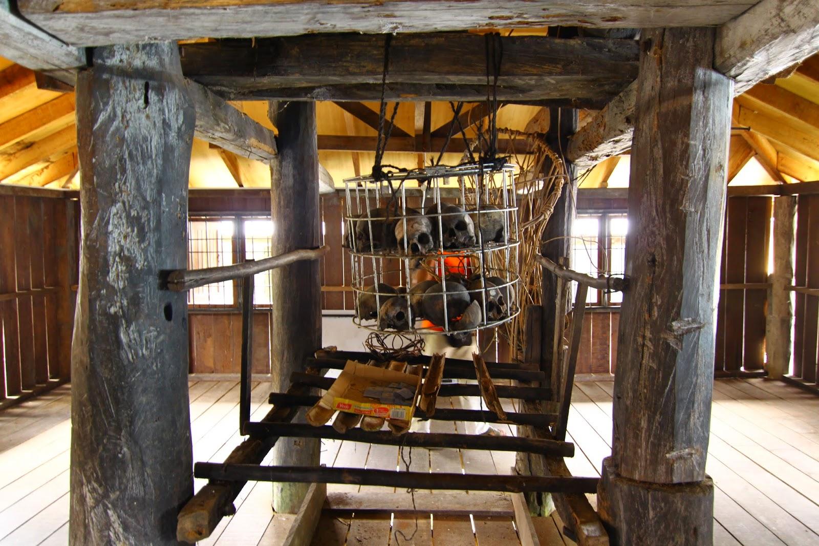 Barok tempat khas simpan tengkorak kepala yang dipenggal