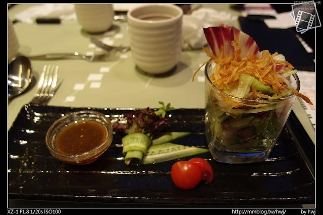 2013-05-09虎尾陶板屋 第一道沙拉:碧綠牛肉沙拉