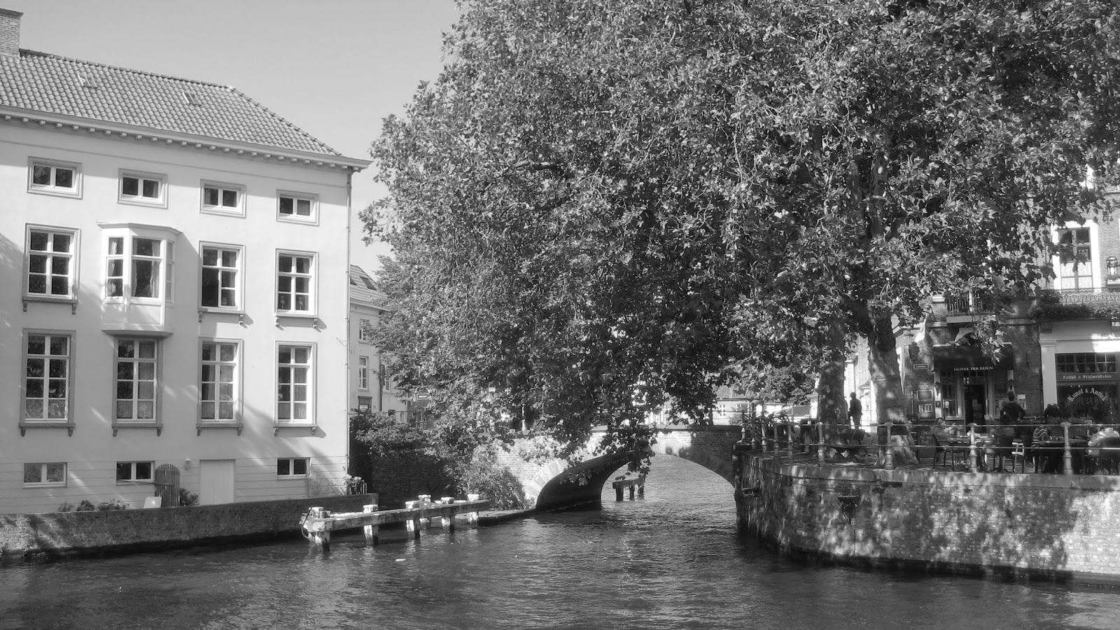 fotos steden zwart wit