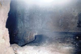 thomas+cave+1.jpg