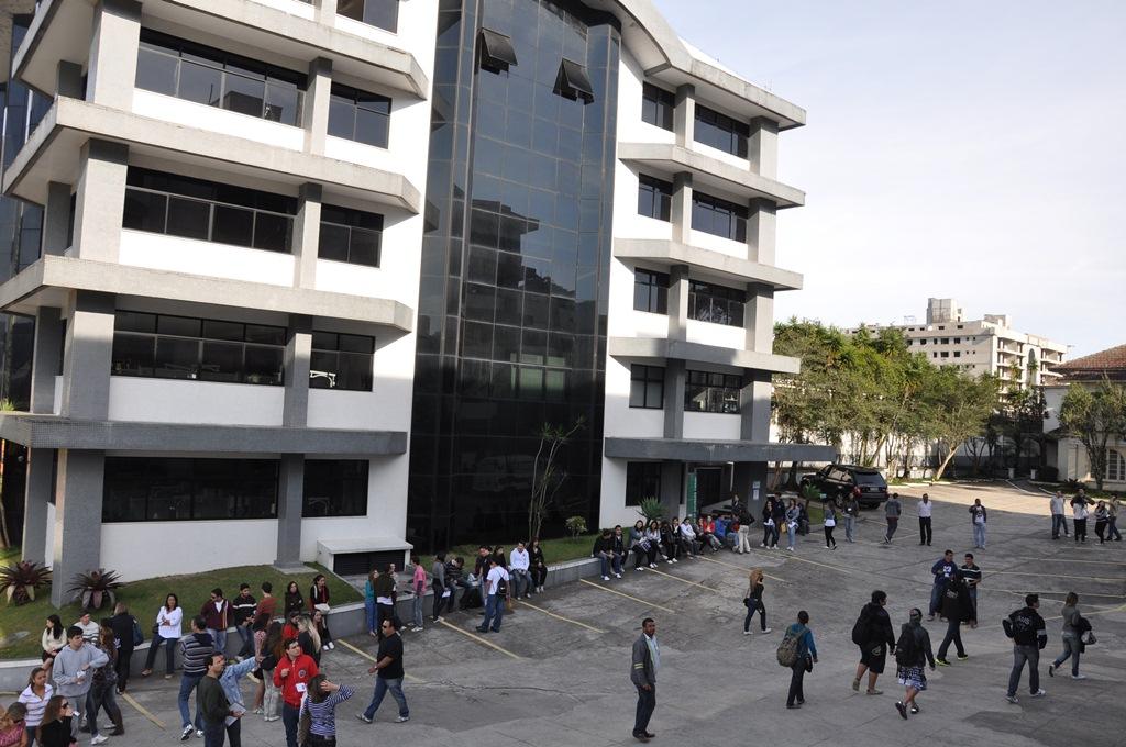 Vestibular de Verão 2013: inscrições abertas para treze cursos do UNIFESO