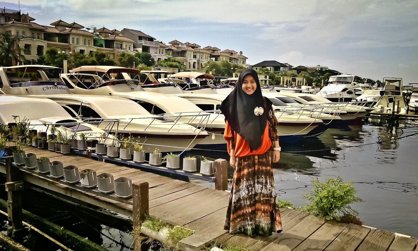 Life Is Short Travel More Menyisir Pantai Ancol Jakarta