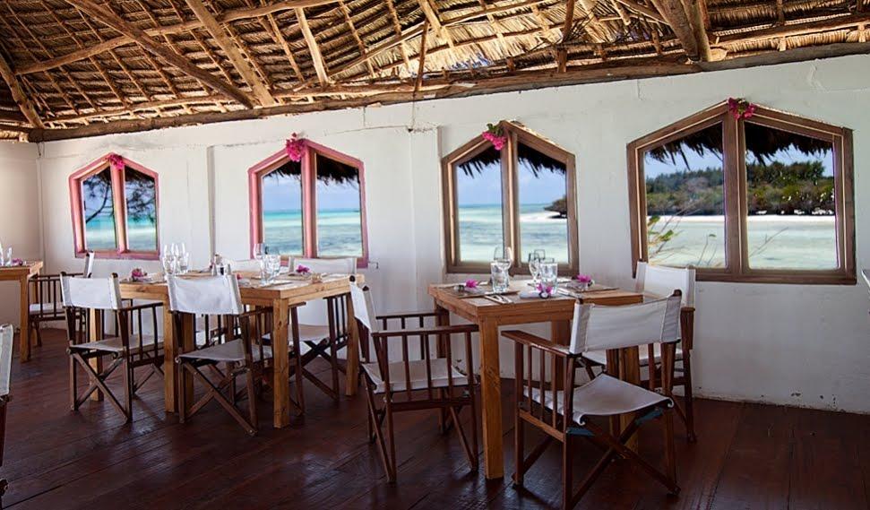 http://3.bp.blogspot.com/-JSKunYyS-Co/TlZGCMrOQ1I/AAAAAAAAEEM/qcsIbcBsoYM/s1600/ShockBlast-RockRestaurant-in-Zanzibar4-33462-1.jpg