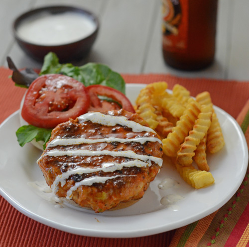 Buffalo chicken burger, big green egg recipe, low cal burger, kamado grill diet burger