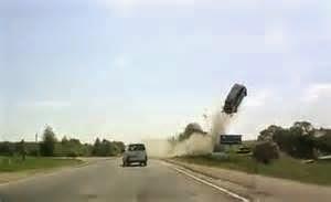 Kamera Dashboard Mobil dapat digunakan lebih dari sekedar melindungi kendaraan Anda, mereka juga dapat digunakan untuk bersenang-senang.
