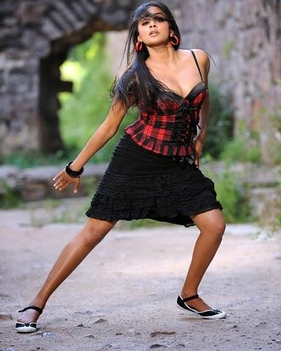 Priyamani hot photo gallery