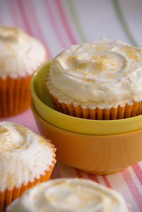 Carrot Cake Cupcakes (cupcakes De Zanahoria)
