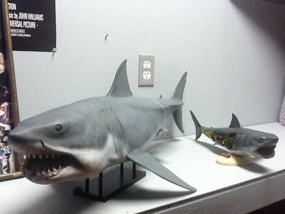 Great White Shark Jaws Toys : An interview with jaws maquette sculptor mike schultz