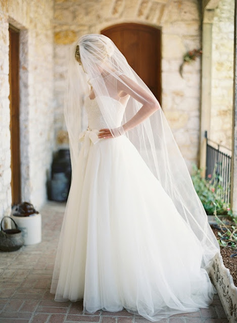 jose villa robe de mariée noeud tulle voile cathedrale