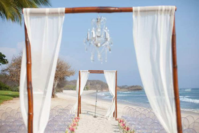 Blog Beach Wedding Luxury White Phuket Wedding Planner
