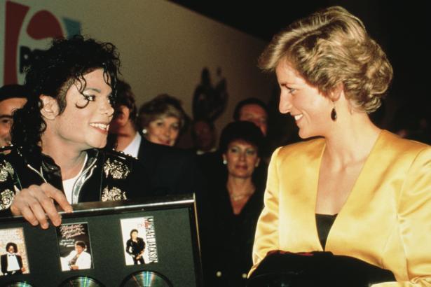 Hoje, 31 de agosto, 14 anos que a princesa e amiga de Michael foi assassinada MJ+2011+Princess+Diana+8