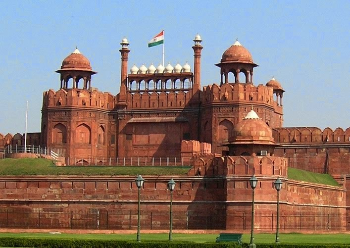 8 best places to visit in delhi india information about for Historical vacation spots in the south