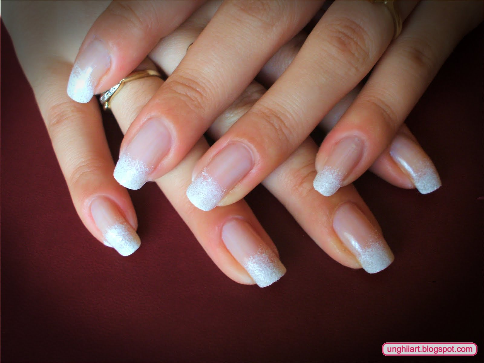 French manicure with flowers 3d modele unghii - Modele french manucure ...