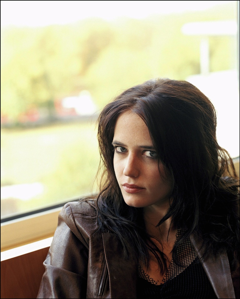 AtoZ hotphotos: Eva Green hot stills Eva Green