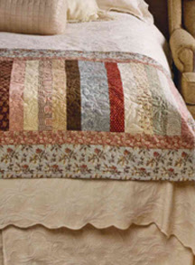 Free Table Topper Quilt Pattern - QuiltBug