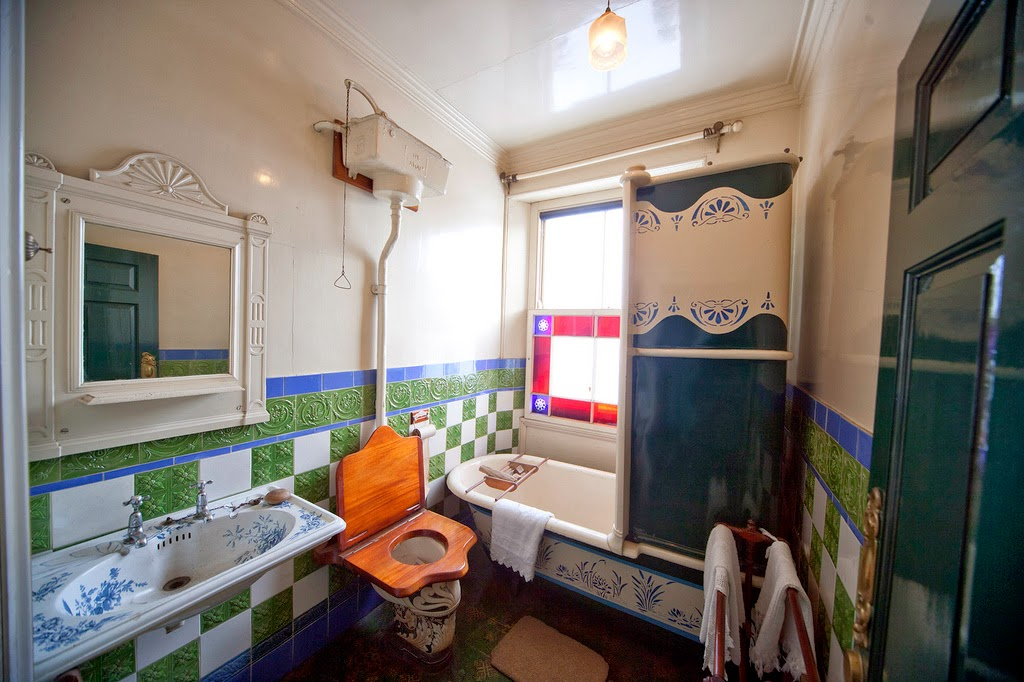 19th century bathroom history