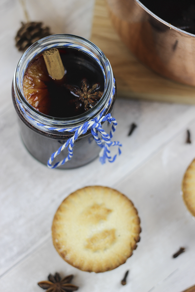 Mulled Wine Recipe - Christmas Drinks