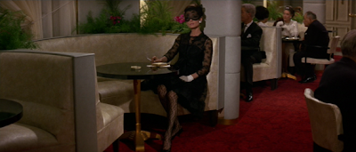 audrey-hepburn-vestido-encaje-negro-robar-millon