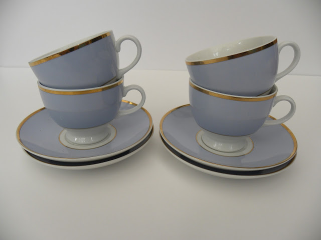 Blue and gold teacups