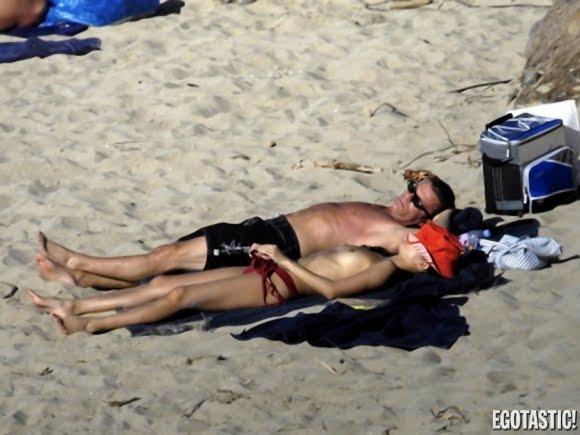 zhang ziyi topless photo on the beach 03