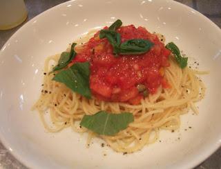 makarna domates sosu, sos tarifleri, makarna sosları, domates sosu