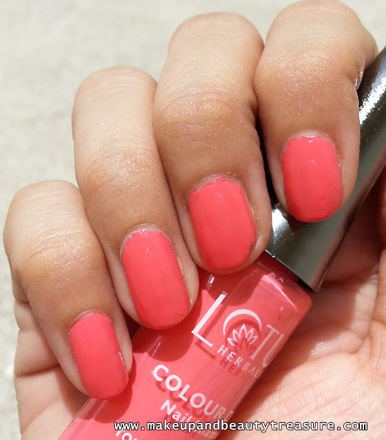 Lotus Herbals Colour Dew Nail Enamel '955 Fairy Flare' Review & NOTD