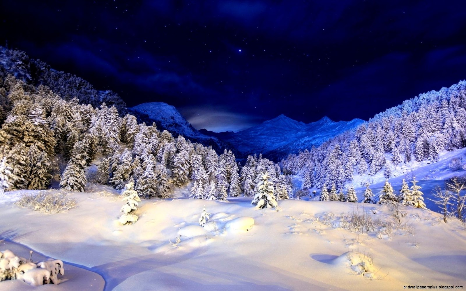Night Winter Mountain Scenes