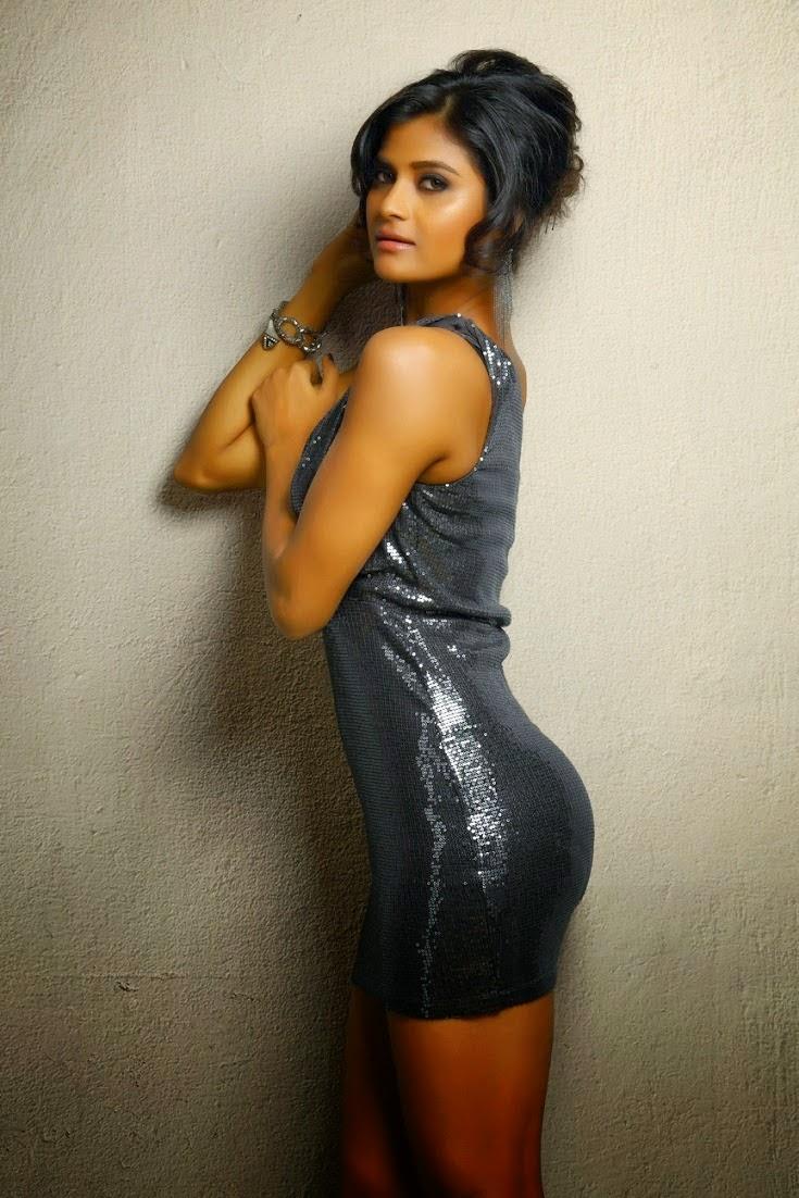 Actress devyani nude tamil