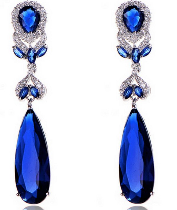 Długie kolczyki ślubne  z niebieskimi kryształami