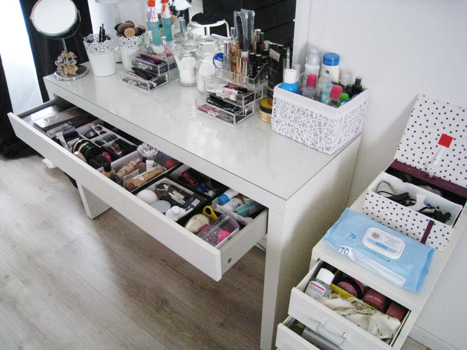 peachy lilie33 mon rangement makeup soins new. Black Bedroom Furniture Sets. Home Design Ideas