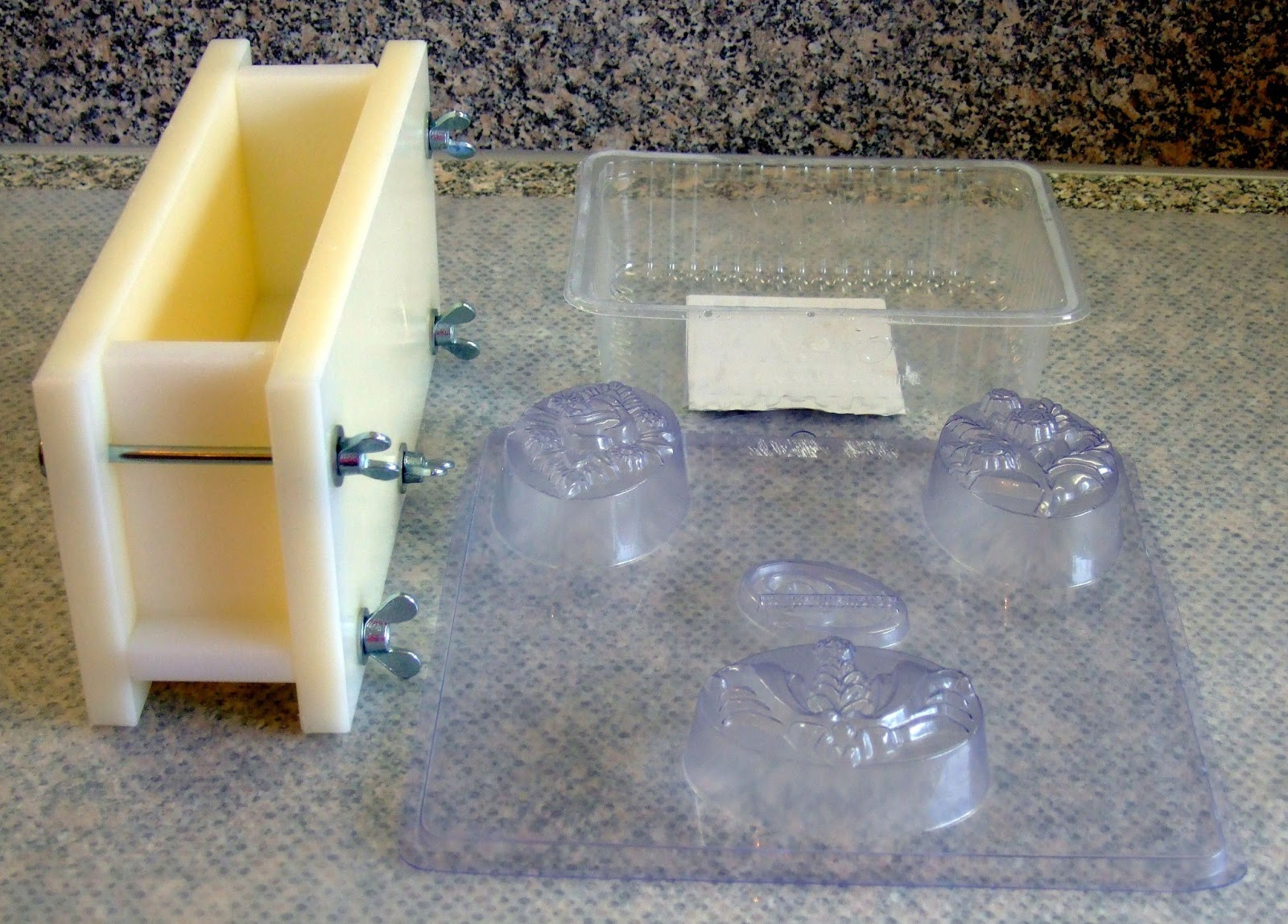 schaumwerk vom schaumzwerg handgesiedete seife und mehr. Black Bedroom Furniture Sets. Home Design Ideas