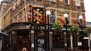 Camden Head in Islington - a great venue for open mic comedy!
