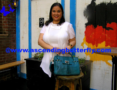 Ascending Butterfly, White Cardigan, Jaclyn Smith Collection for Kmart, Trouser Jeans, Coldwater Creek, Denim, Cordoba Flap Tote, Teal Exotic, Handbags
