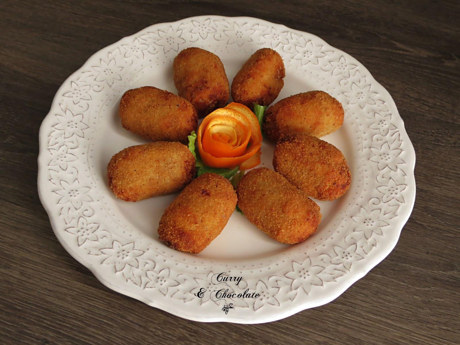 Croquetas de puchero andaluz con taquitos de jamón