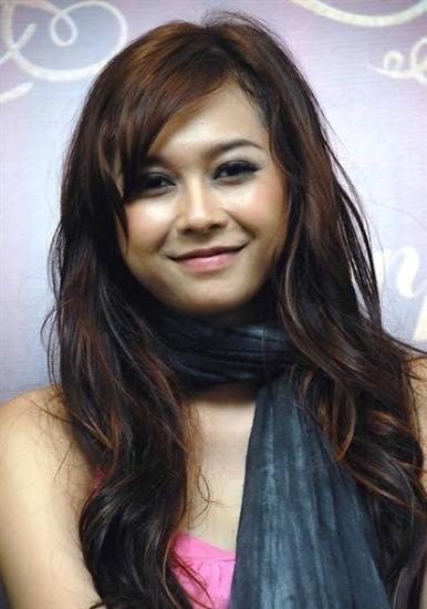 Tag: Aura Kasih - Actress Lifestyle